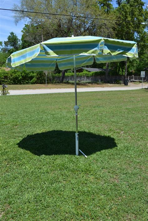 Dont Let This Happen To You Order A Beach Umbrella Holder Grass Patio Umbrellas