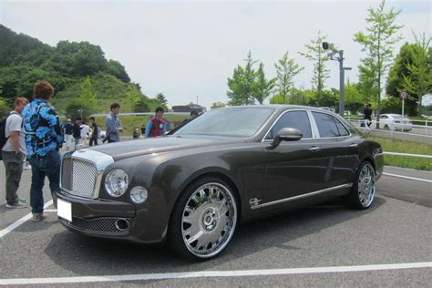 bentley headquarters bentley mulsanne フォージアートジャパン