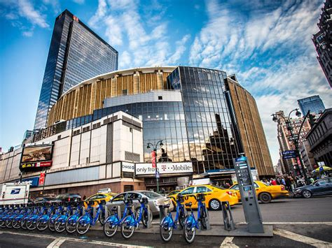 madison square garden music in midtown west new york