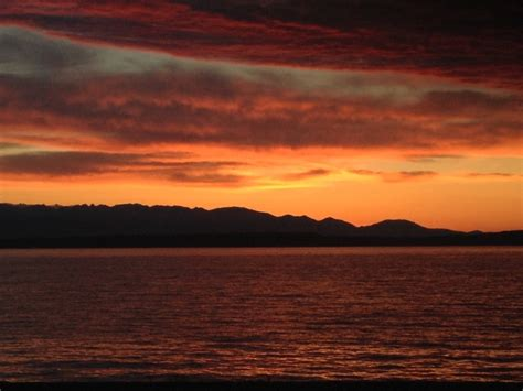 Sweety Sun Set west seattle blog west seattle sweet sunset to start the weekend