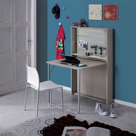 scrivanie colorate scrivanie bambini comode e colorate consigli camerette