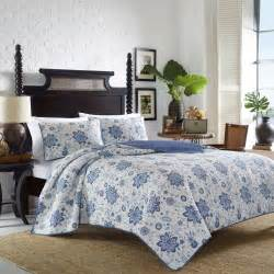 Tommy Bahama Bedroom Tommy Bahama Bedding Songbird Reversible Quilt Set