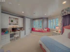 young lady bedroom ideas best 25 young adult bedroom ideas on pinterest