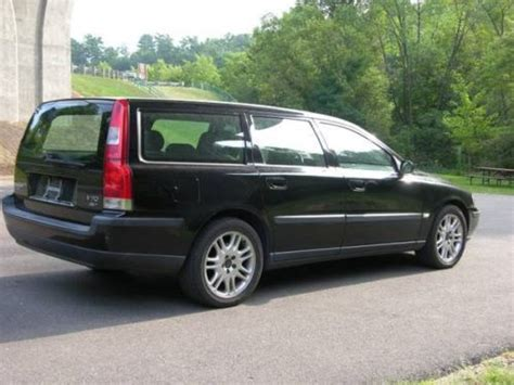 sell   volvo   wagon  door