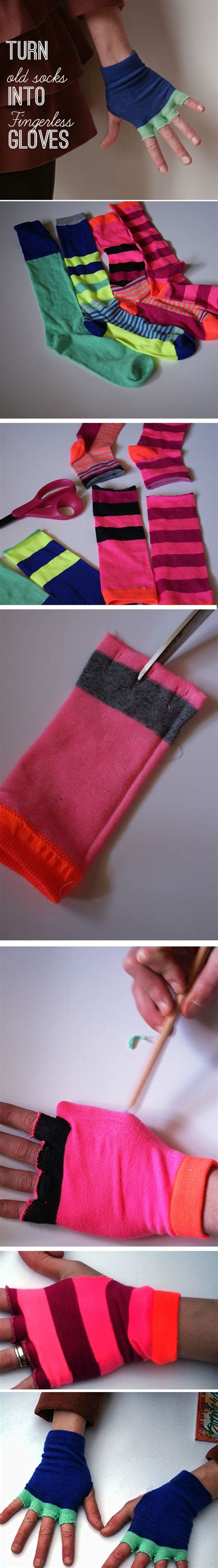 upcycle socks to fingerless gloves in this easy diy