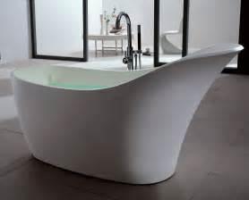baignoire ilot en solid surface
