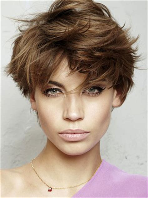 Hairstyle For Square Face