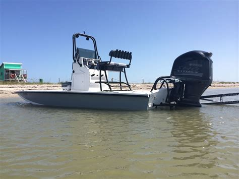 shallow water flats boats freedom boats warrior 23 foot texas shallow water