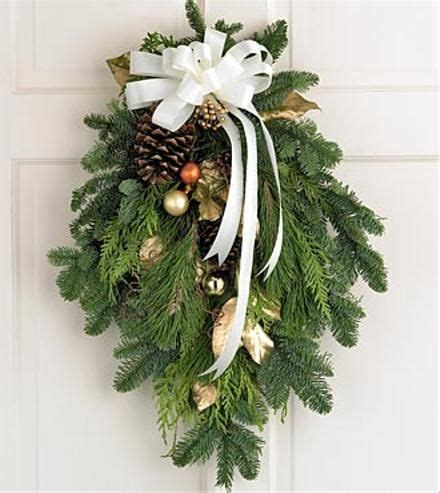 how to make xmas cedar swags image result for http theflorister wp content uploads 2010 12 golden greetings