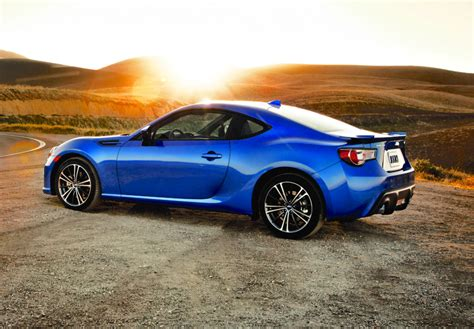 2016 Subaru Brz Sports Car Gets Lower Price More Equipment