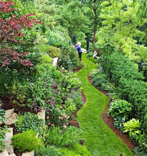 Garden Tour: Tame a Steep Backyard   Midwest Living