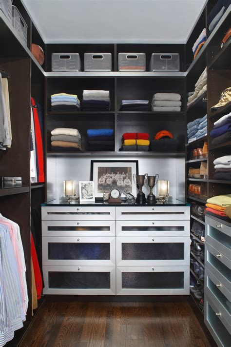 Against The Closet by 100 Stylish And Exciting Walk In Closet Design Ideas