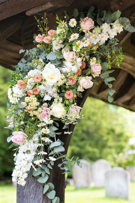 Wedding Arch Couture by 25 Best Ideas About Wedding Arch Flowers On