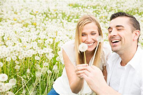 imagenes feliz matrimonio risas matrimonio feliz radio