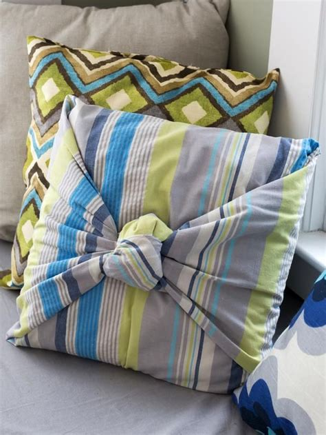 knot pillows how to make throw pillows without sewing throw pillows