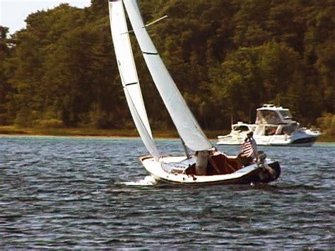 becoming a sailor a singlehand sailing adventure books sailing with capt klang