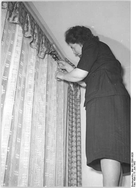 gardinen mit vorhängen schabracke fensterdekoration