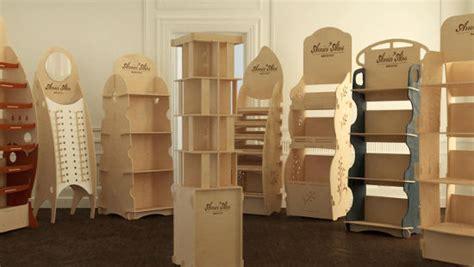 espositori da banco in legno espositori amici atos espositori in legno a incastro