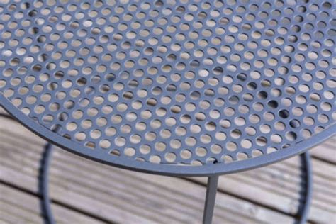 Tole Aluminium Sur Mesure 5374 table basse ronde en acier celestyne origine metal