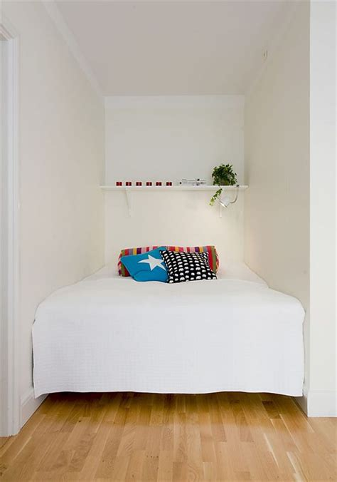 ideas for decorating a small bedroom small bedroom decorating ideas on a budget
