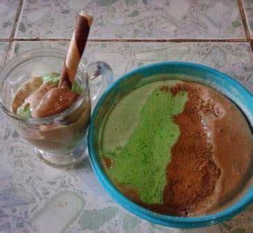 resep membuat es krim no mixer resep cara membuat es krim homemade coklat pandan