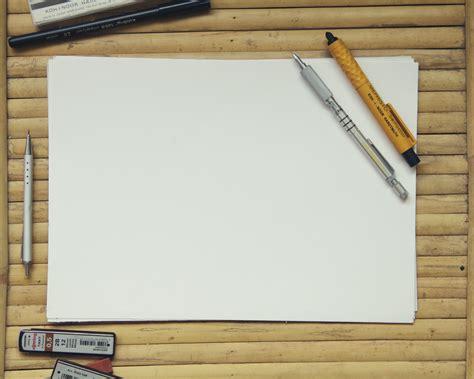sketchbook kosong gambar meja tulis kerja pensil kreatif kayu jendela