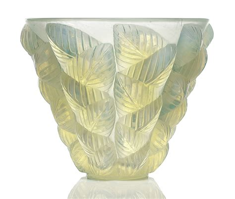 lalique bird vase guide to buying lalique