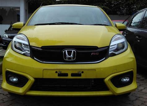 Kaos Honda Brio Kuning honda brio satya dan brio rs mobilbekas