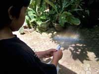 percobaan membuat cakram warna percobaan sains membuat pelangi rumah inspirasi