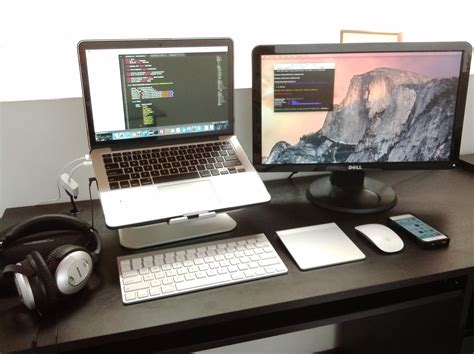 multi monitor desk setup revealed tech latest technology news portal mac setup