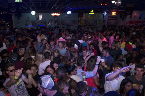 louie s backyard spi south padre clubs spring break party packages