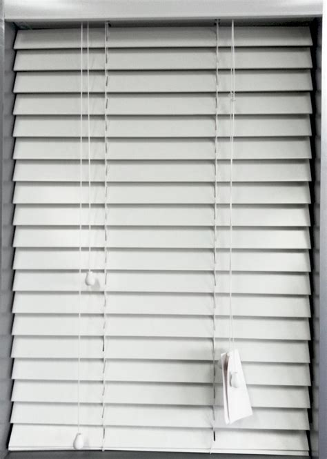 venetian bathroom blinds pvc bathroom blinds franklyn timber venetian blinds we take care of everything