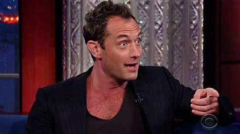 film superman lawas jude law turned down superman role after trying on spandex