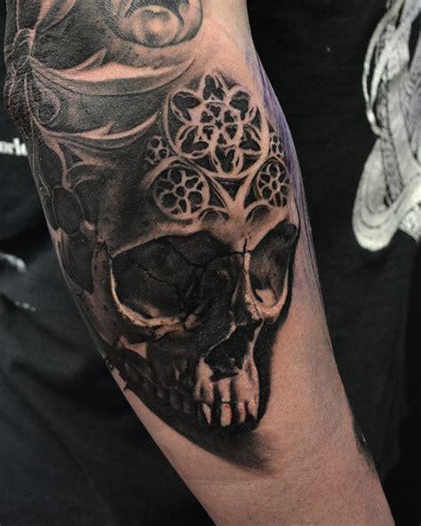 unique skull tattoos hokowhitu sciascia tattoos askideas