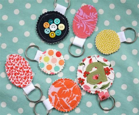 fabric crafts 49 crafty ideas for leftover fabric scraps