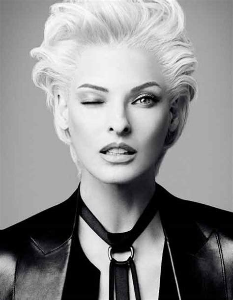 linda evangelista short hair 25 best short haircuts for oval faces short hairstyles