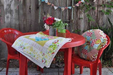 Painted Patio Furniture by Painted Patio Furniture For The Home