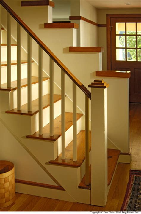 Cottage Staircase by New Cottage Renovation Traditional Staircase