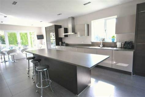 騁ag鑽e inox cuisine cuisine blanche et inox id 233 es et astuces en 90 photos