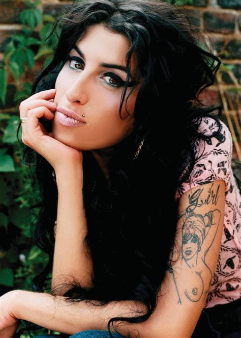 amy winehouse tattoos pictures images pics photos of her