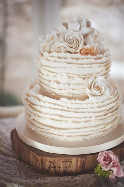 Garden Elopement by Chic Wedding Cakes Ruffle Wedding Cake Design 805120
