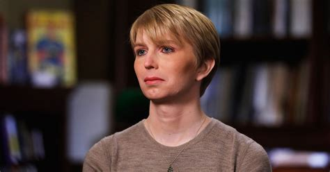 chelsea manning chelsea manning doesn t regret military leak in vogue