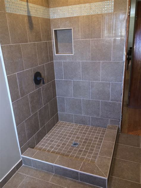 Bathroom Tile 12 X 12 12 X 24 Porcelain Tile On Shower Walls And Floor Cut Into