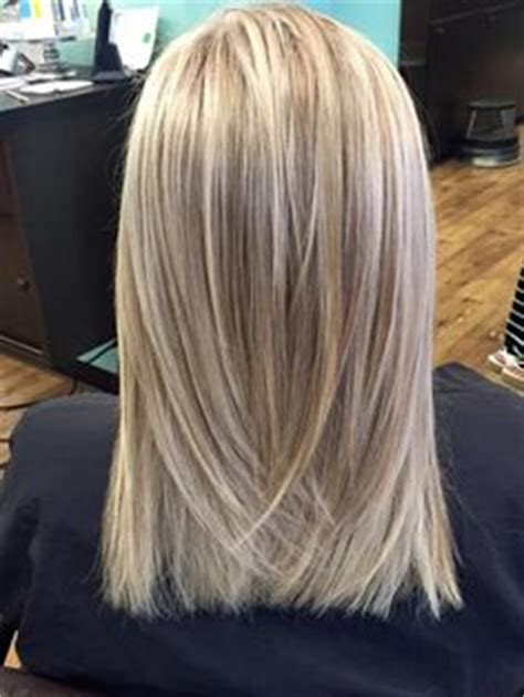 fine blonde highlights chagne blonde platinum highlights ask your colorist for