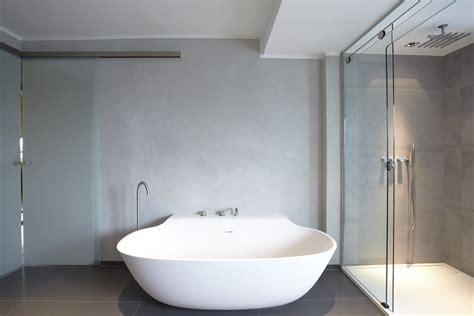 designer bad designbad mit betonwand tipps ideen auf planungswelten de