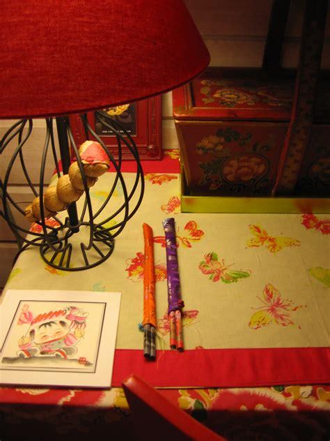 table de nuit chinoise table de nuit photo 18 24 4090