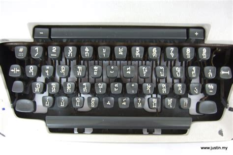 typewriter keyboard layout design thai typewriter justin my
