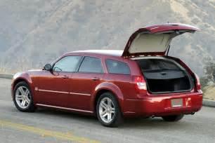 Chrysler Magnum 2005 Dodge Magnum Overview Cars