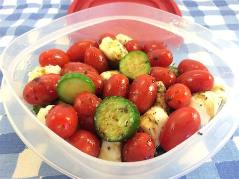 food for picnic food ideas foods that travel well eatbydate