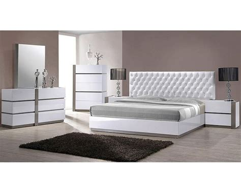 white tufted bedroom set modern white tufted bedroom set 44b178set